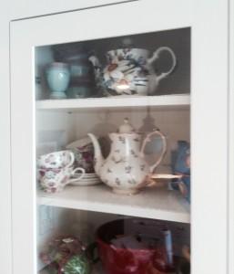 Teapot Cupboard 1