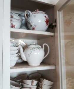 Teapot Cupboard 2